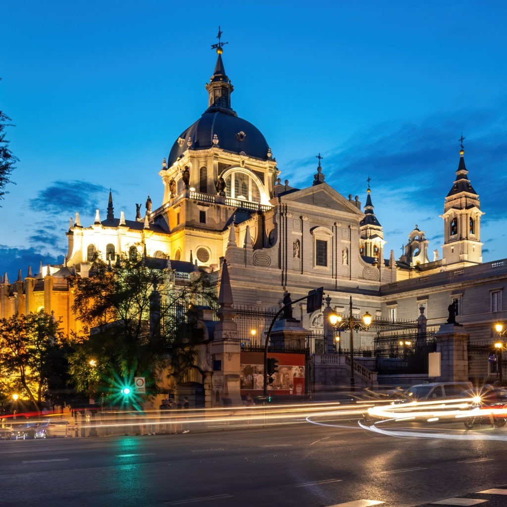 cathedral saint mary center madrid night min 2 1024x1024 - Madrid Oeste - networking coworking emprededores empresarios